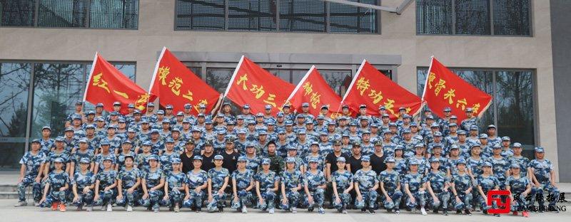 军事拓展训练图片